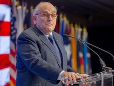 Giuliani threatens legal battle with Mueller over subpoena