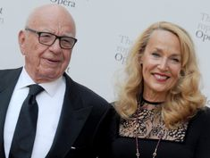 With Two Suitors for Fox, the Murdochs Consider Next Steps
