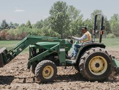 As Jobs Go Unfilled, U.S. Employers Vie to Hire Foreign Laborers