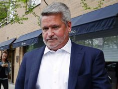 Bill Shine, ex-Fox News exec, accepts White House communications role