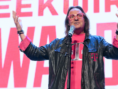 TLDR: T-Mobile & Nokia's $3.5B 5G alliance, Ofo shuts down in Seattle, Magic: The Gathering