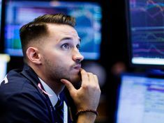 Stocks Appear Set to Fall Further as Bond Yields Stay High