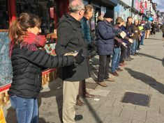 A Bookstore Needed to Move. So Hundreds of People Formed a Human Chain.