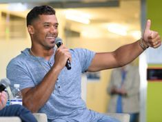 Seahawks star Russell Wilson touts his new sports prediction app Tally at Super Bowl, with $250K prize available Sunday
