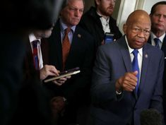 House Oversight Committee, White House in standoff over viewing security documents