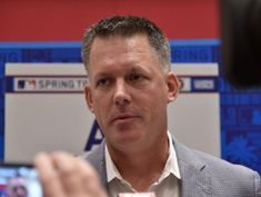 Astros manager Hinch suspended one game