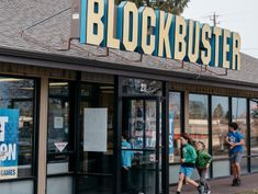 Meet the Curiosity-Seekers and Die-Hards at the Last True Blockbuster