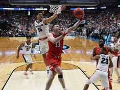 No. 3 Texas Tech upsets top-seeded Gonzaga, earns first trip to Final Four