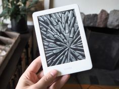 Amazon's entry-level 2019 Kindle is let down by a sub-par display