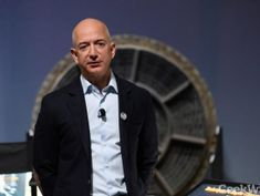 Jeff Bezos challenges retail giants to match (or beat!) Amazon's $15/hour minimum wage and benefits