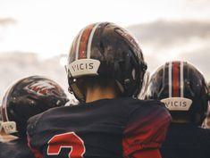 High school football programs lean on crowdfunding to afford Vicis' high-tech helmet
