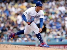 MLB notebook: Dodgers LHP Urias on administrative leave