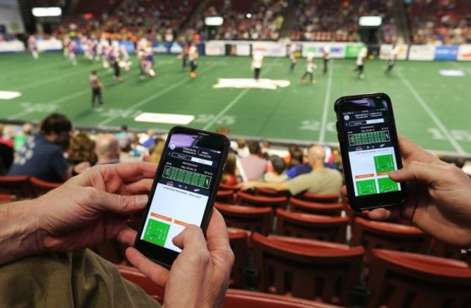 Fan-controlled football league to use blockchain; Amazon inks more streaming rights; and more sports tech news