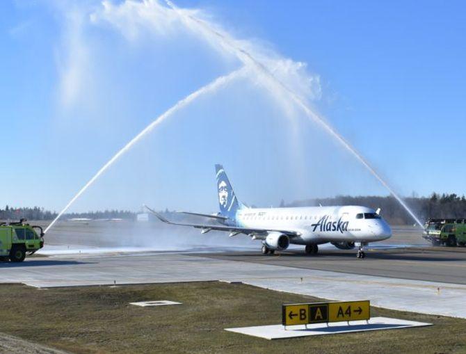 Now boarding: Everett's Paine Field and Alaska Air celebrate first passenger flights