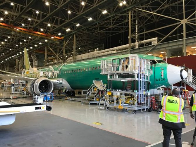 Donald Trump, whose airline fizzled out, gives 737 MAX marketing advice to Boeing