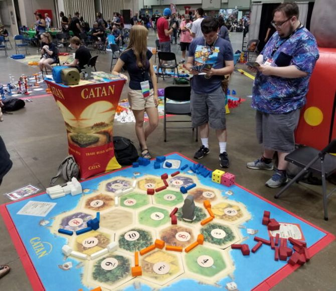 Gen-Con-2019_giant-Catan-630x546.jpg